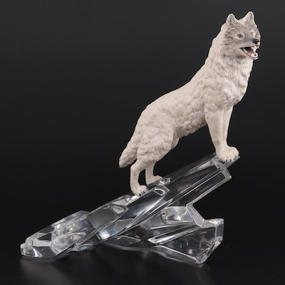 """Franklin Mint """"Cry of the North"""" Porcelain Wolf on Crystal Iceberg Figurine"""