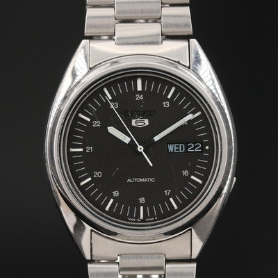 1992 Seiko 5 Day-Date Stainless Steel Automatic Wristwatch