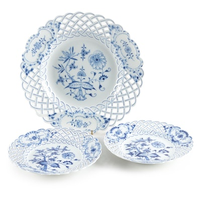Meissen Blue Onion Porcelain Plates with Lattice Rims, Late 19th/ Early 20th C.