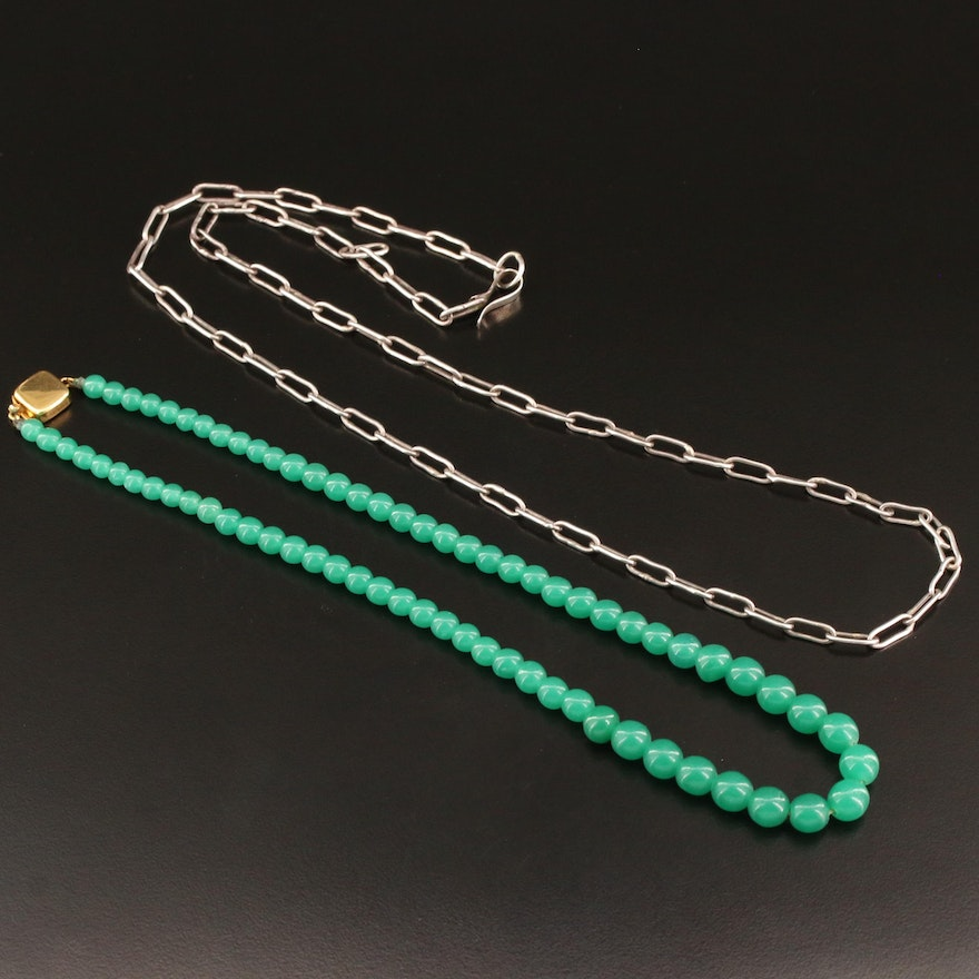 Graduated Chalcedony Necklace with Sterling Silver Oval Cable Chain