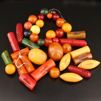 Loose Bakelite and Early Plastic Beads