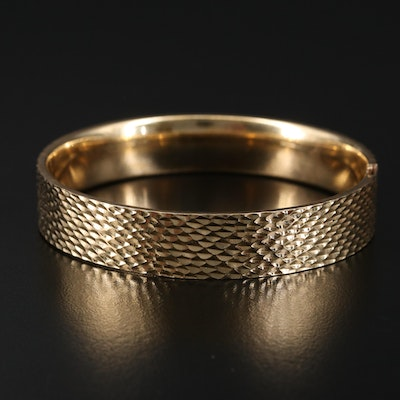 14K Diamond Cut Textured Hinged Bangle