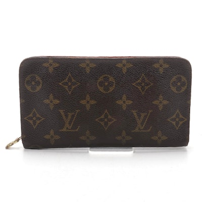 Louis Vuitton Zippy Wallet in Monogram Canvas and Leather