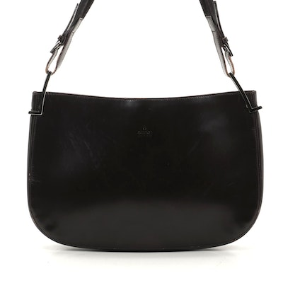 Gucci Shoulder Bag in Smooth Brown Leather