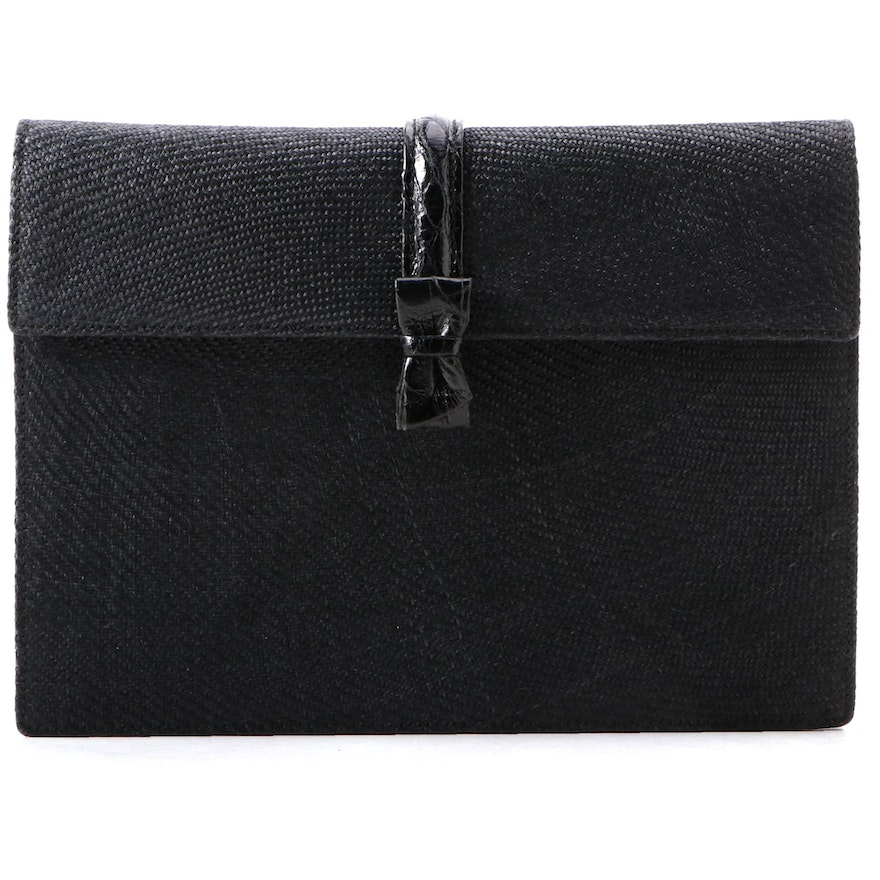 Gucci Woven Bow Clutch Purse in Black Straw and Embossed Leather