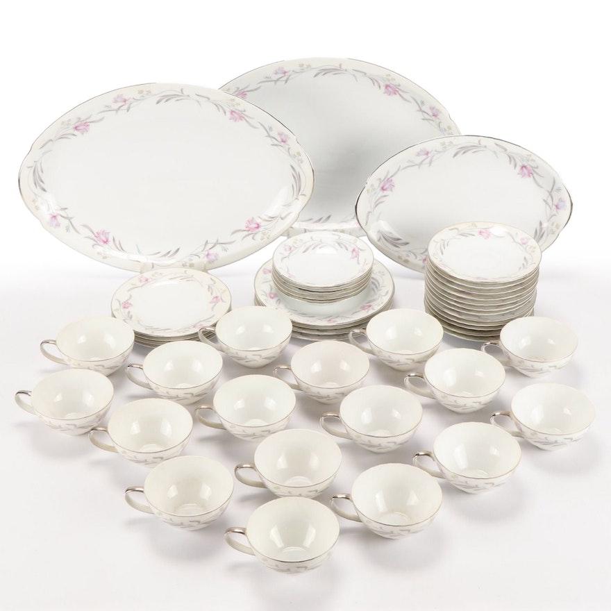 """Meito China """"Merino"""" Porcelain Dinnerware, Mid-20th Century"""