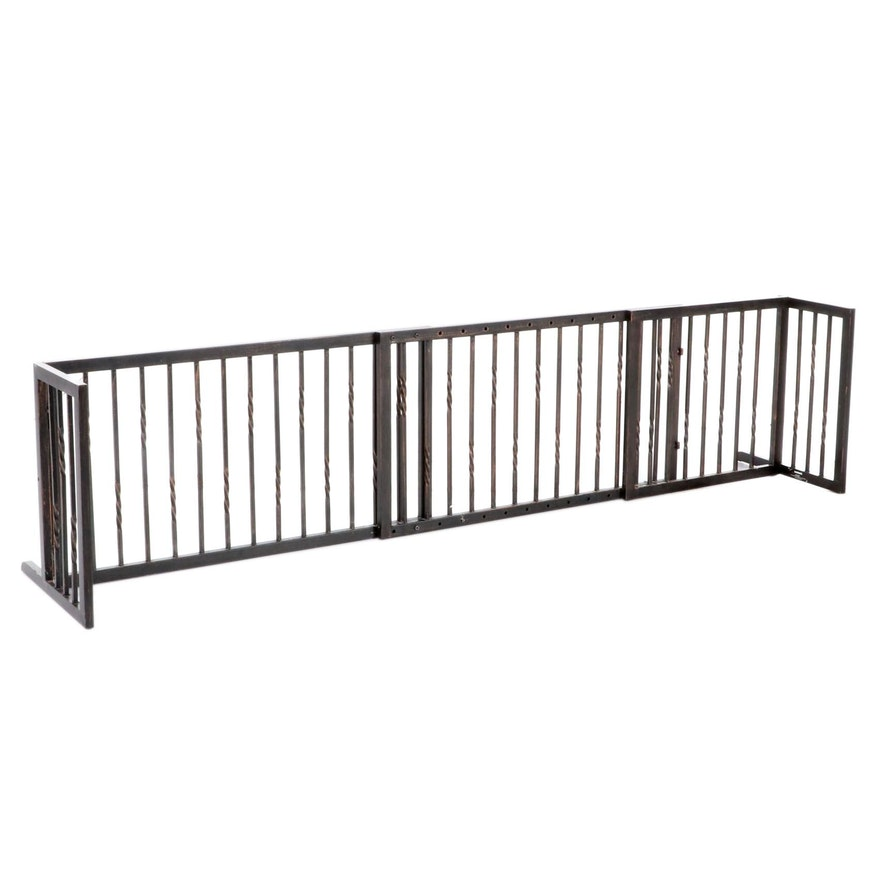 Adjustable Metal Pet Gate