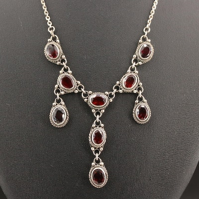 Vintage Sterling Silver Garnet Stationary Pendant Necklace