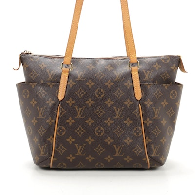 Louis Vuitton Totally MM in Monogram Canvas and Vachetta Leather