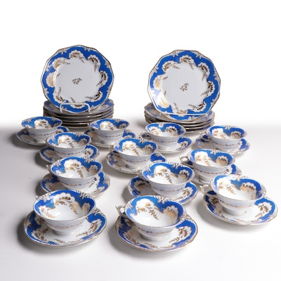 "Schwarzenhammer Bavaria ""Old England"" Porcelain Dinnerware, Early 20th C."