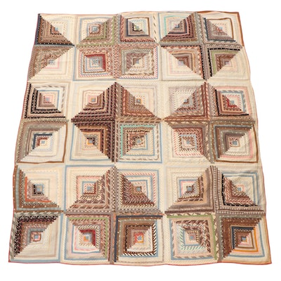 "Handmade ""Log Cabin"" Pieced Quilt, Late 19th to Early 20th Century"