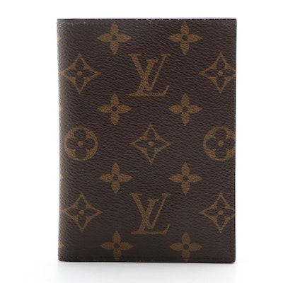 Louis Vuitton Couverture Passeport in Monogram Canvas