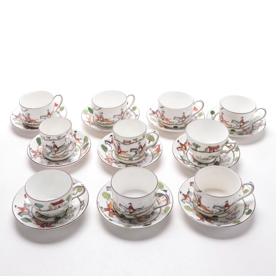 """Wedgwood and Crown """"Hunting Scenes"""" Bone China Teacups and Saucers, 1992"""