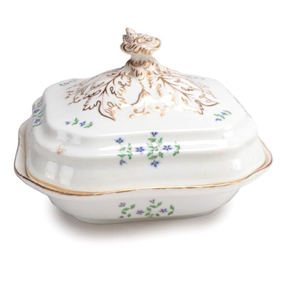 "French ""Bourbon Sprig"" Covered Vegetable Dish, Early 19th Century"