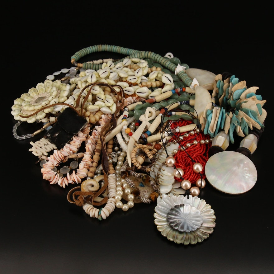 Jewelry with Mother of Pearl, Wood, Glass and Shell