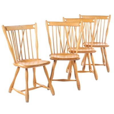 Four American Primitive Maple Brace-Back Windsor Side Chairs, Mid-20th Century