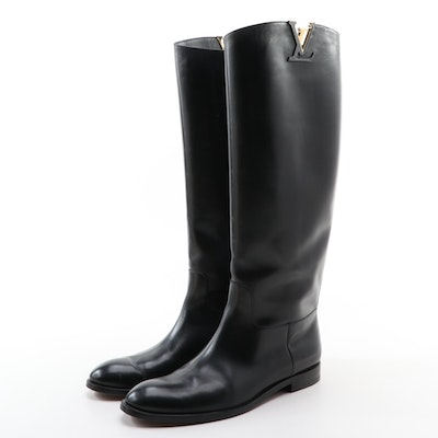 Louis Vuitton Heritage Riding Boots in Smooth Black Leather