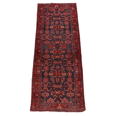 3'8 x 9'10 Hand-Knotted Persian Zanjan Wool Long Rug