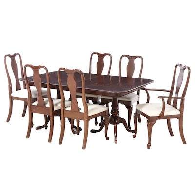 Ethan Allen Queen Anne Style Cherry Expandable Dining Table and Chairs