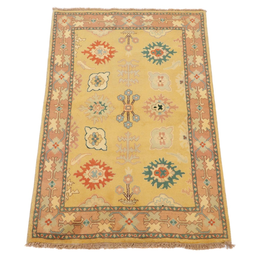 4'1 x 6'7 Hand-Knotted Persian Mahal Accent Rug, 2000s