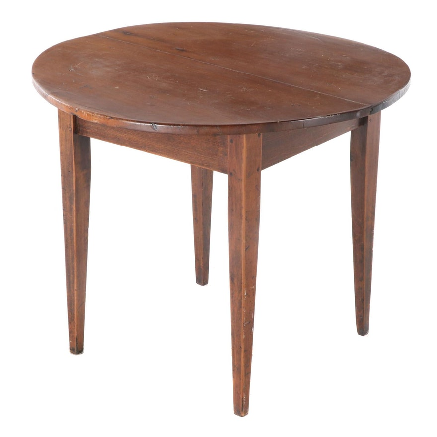 American Primitive Round Walnut Dining Table, 20th Century