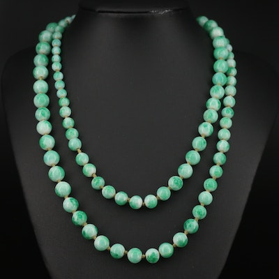 Graduated Glass Beaded Necklace with 14K Clasp