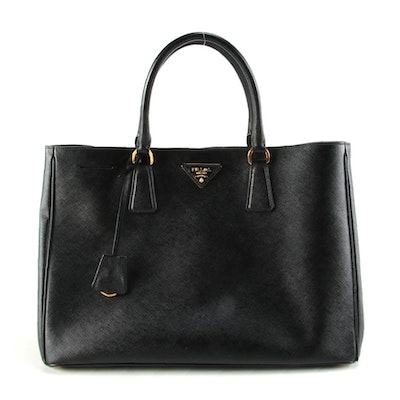 Prada Saffiano Lux Medium Shopping Tote In Black Leather