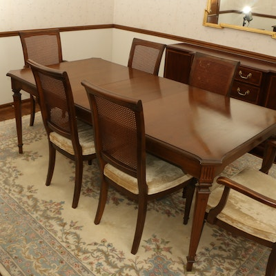 "Ethan Allen Hepplewhite Style Dining Table and ""Classic Manor"" Chairs"