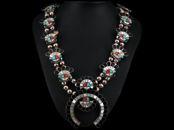Western Art, Décor & Southwestern Jewelry