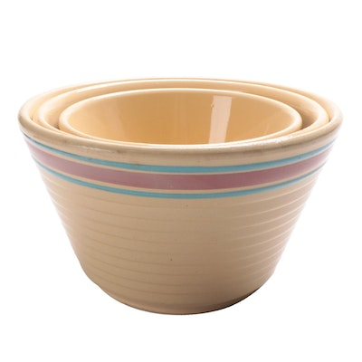 Watt Yellow Ware Ceramic Mixing Bowls, Mid-20th Century