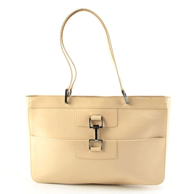 Gucci Shoulder Bag in Beige Glazed Leather