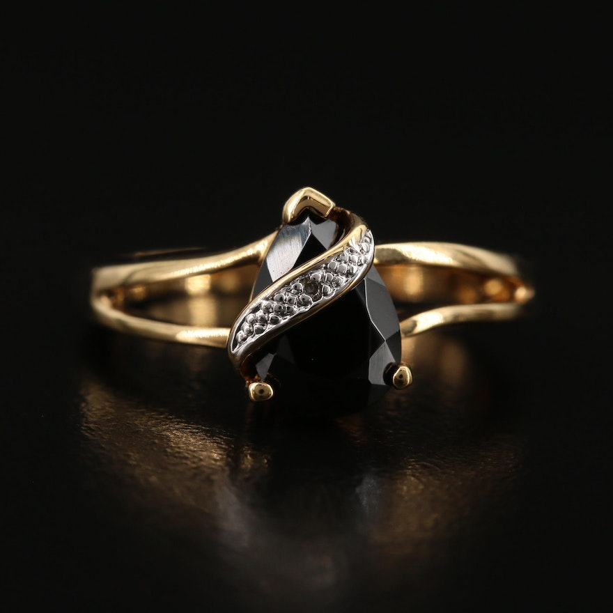 Spinel and Diamond Split Shank Ring