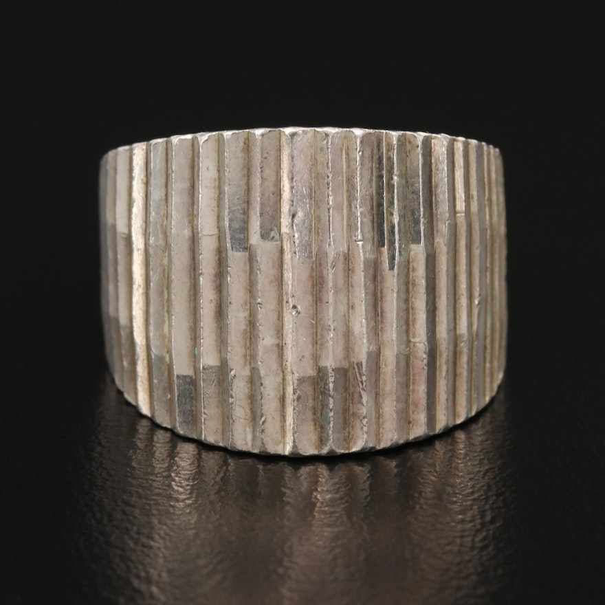 Mexican Sterling Silver Tapered Band with Ridged Design