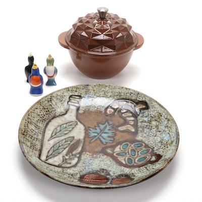 Three Ceramic Pie Birds, Dash of That Dutch Oven and Linon Ceramic Dish