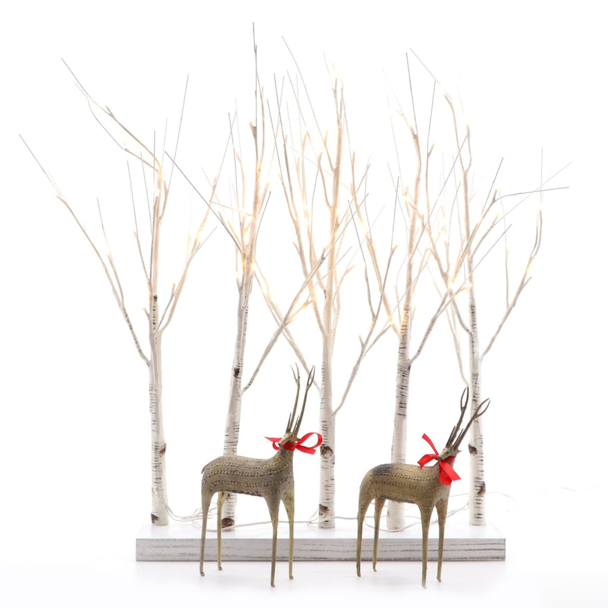 LED Lighted Tabletop Tree Décor with Metal Reindeer Figurines