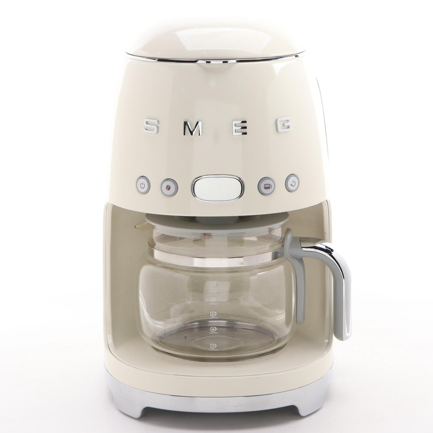 Smeg 10 Cup Drip Filter Coffee Maker in Cream