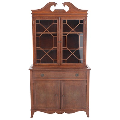 Federal Style Walnut and Figured Walnut China Cabinet, Early to Mid 20th Century