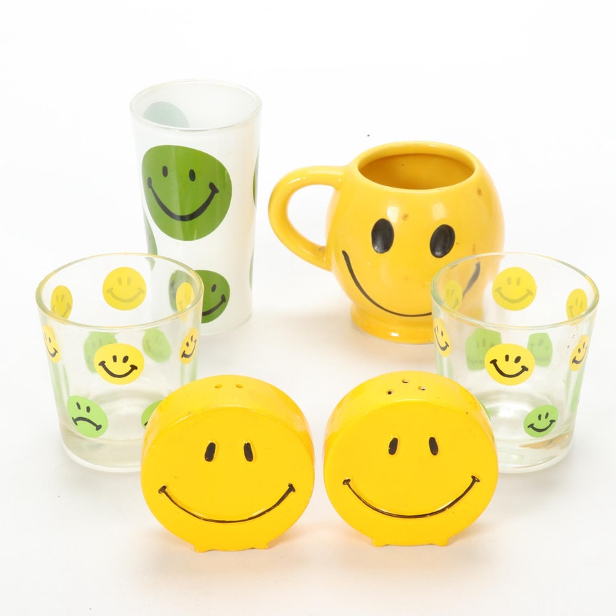 Smiley Face Casual Drinkware with Salt and Pepper Shakers, Mid/Late 20th Century