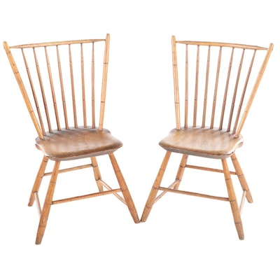 Pair of American Spindle-Back Windsor Side Chairs, Early 19th Century