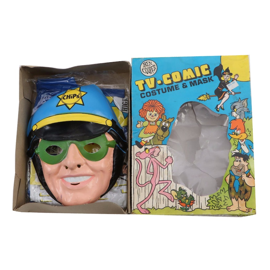 """1978 TV-Comic """"Chips"""" Costume and Mask"""