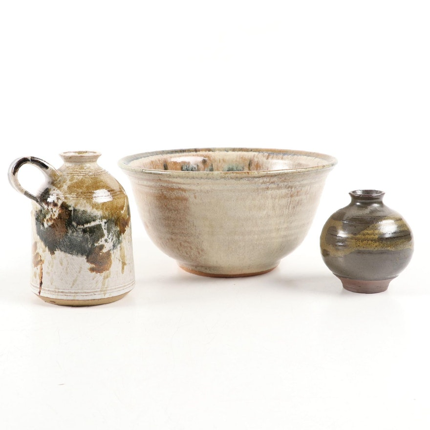 Earthenware Vases and Bowl, Late 20th Century