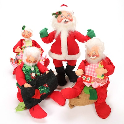 Annalee Large Handmade Santa Claus and Mrs. Claus Dolls
