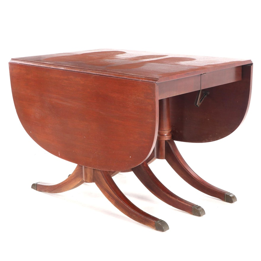 Regency Style Mahogany Expandable Drop Leaf Dining Table, Mid-20th Century