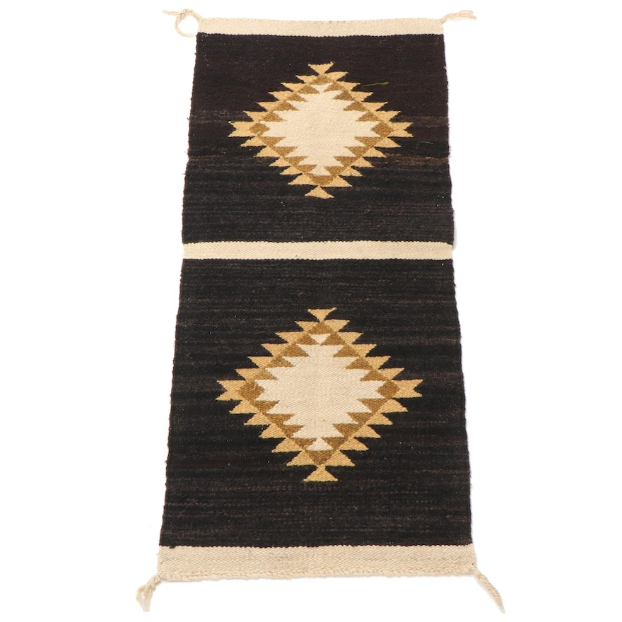 1' x 3' Handwoven Navajo Style Accent Rug