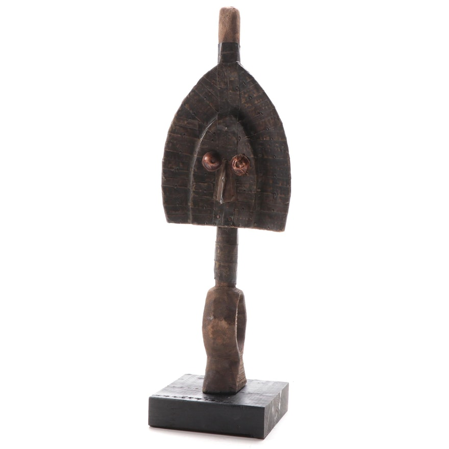 Kota-Mahongwe Style Wooden Reliquary Figure, Central Africa