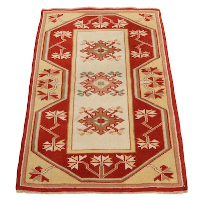 2'8 x 4' Hand-Knotted Turkish Milas Village Accent Rug