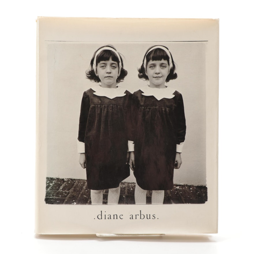 """First Edition """"Diane Arbus: An Aperture Monograph"""" Photography Book, 1972"""