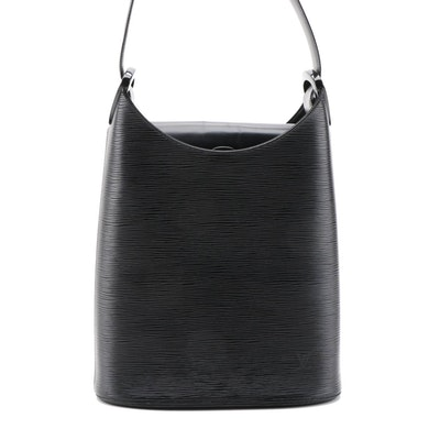 Louis Vuitton Verseau in Black Epi Leather Shoulder Bag