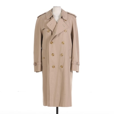 Men's Burberrys Double-Breasted Trench Coat with Removable Wool Lining