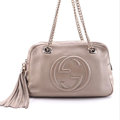 Gucci Soho Chain Strap Zipper Shoulder Bag in Gold Pebbled Leather with Tassel